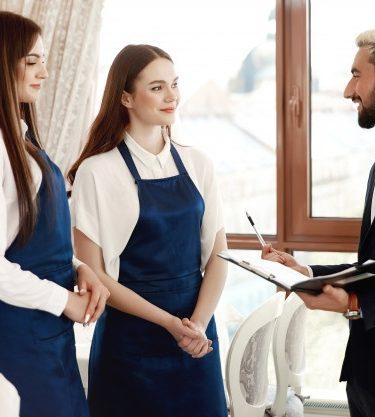 En este artículo, enumeramos los trabajos para chefs que buscan empezar una nueva carrera.