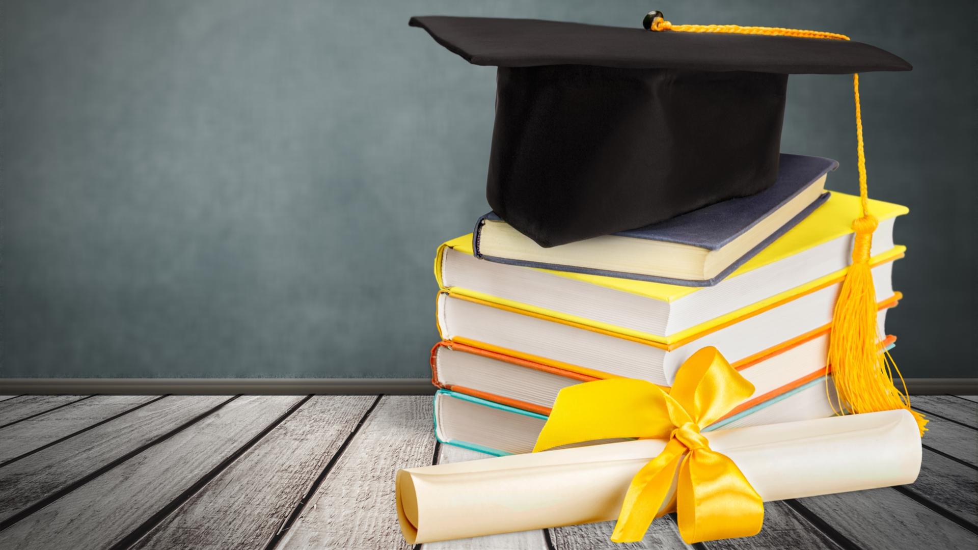 Guía de títulos universitarios: Lista de títulos universitarios